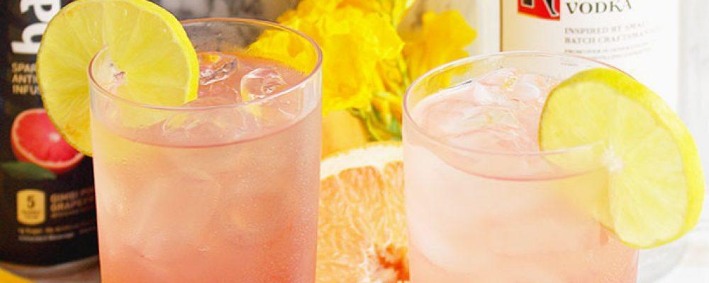 Sea-Breeze-cocktail-ingredients