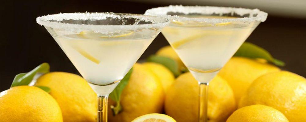 incredible-hero-DeKuyper-Classic-Lemon-Drop-Martini-2